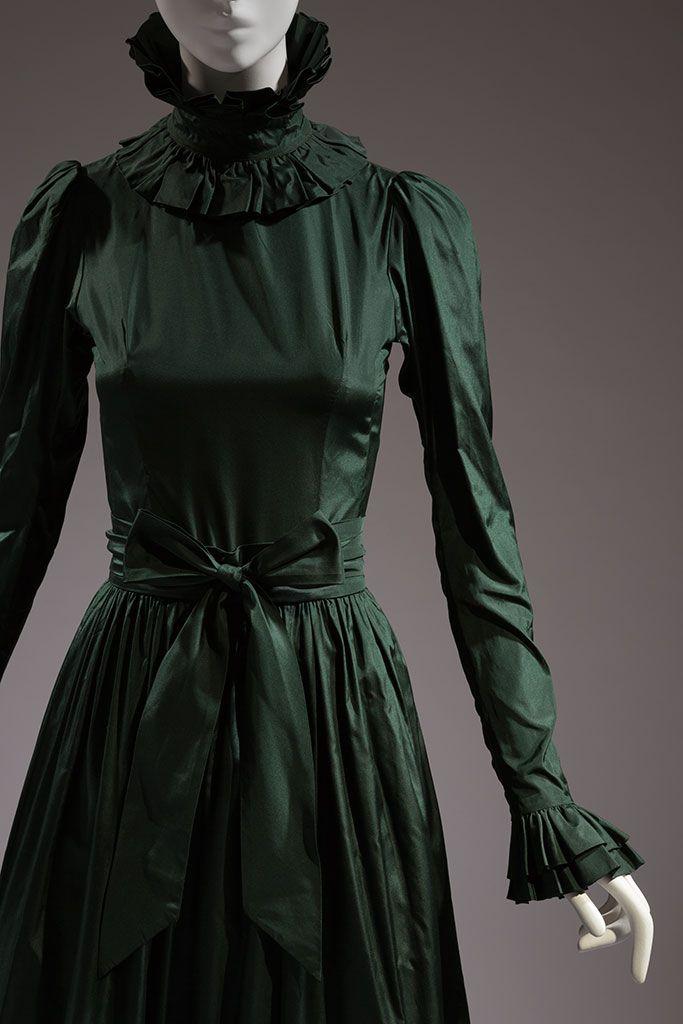 Yves Saint Laurent, evening dress, green silk taffeta, 1972, France, 88.89.1, gift of Mary Russell