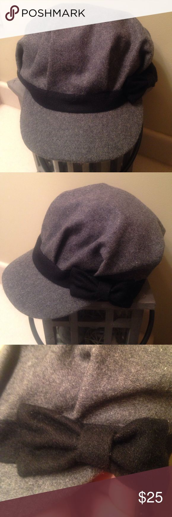 Maurice's Hat Maurice's gray wool/ polyester page boy hat with black bow. Stylish and comfortable. EUC. OS Maurices Accessories Hats
