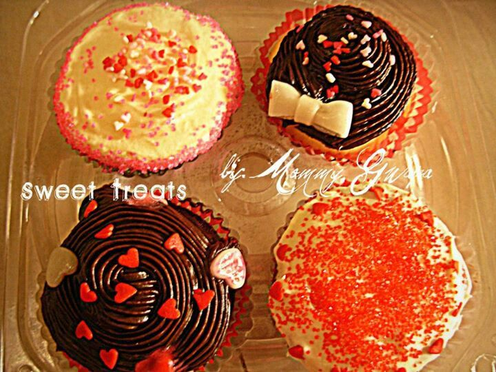 free valentine cupcake wrappers