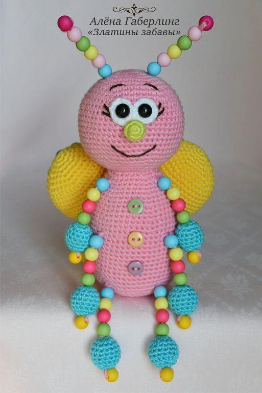 Всем доброго времени суток! Зовут меня Алёна и я создаю вот такие милые вязаные игрушки для детишек. Хочу представить для примера несколько своих работ. Тут и коты, и собаки, и медведи и прочая живность =) Создаю игрушки для детишек в отличном настроении и с хорошими мыслями....