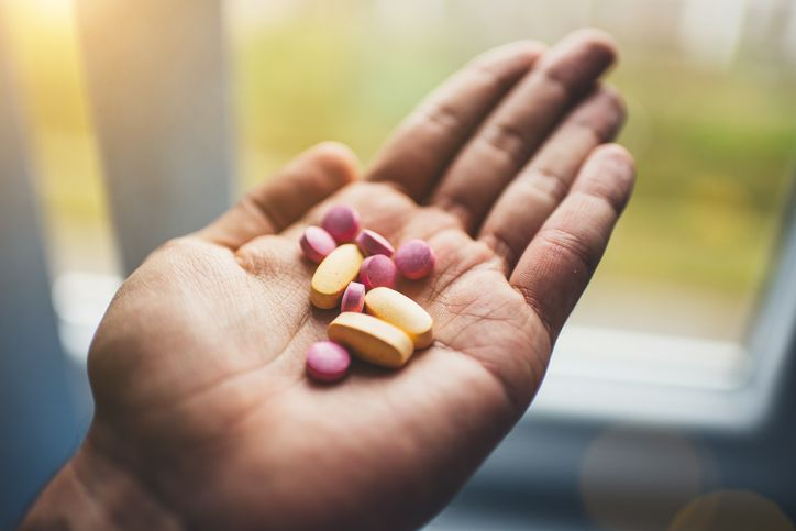 It's easy to be pessimistic about getting older and the problems that come with age. Fortunately, here are the 4 best supplements to promote healthy aging.