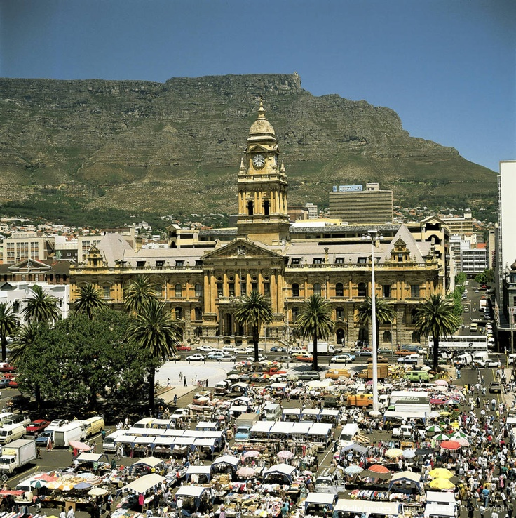 City Hall with market in Cape Town, South Africa.