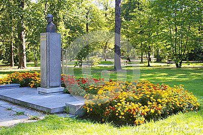 Bedrich Smetana´s monument with flowers in park