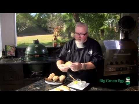 Dr. BBQ Lobster Roll on the Big Green Egg