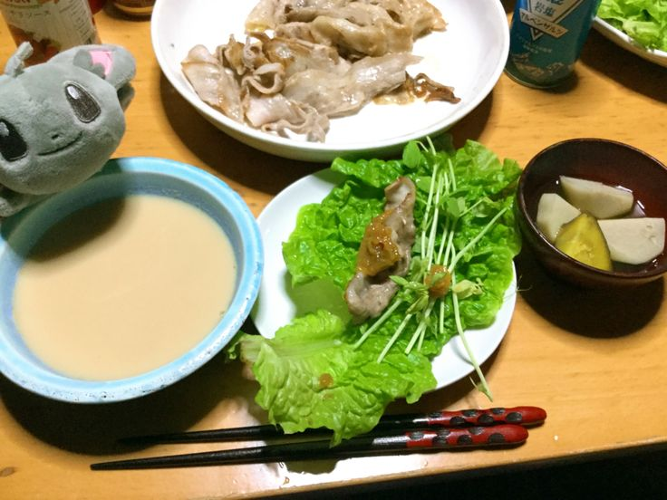 今日の晩ごはん  サムギョプサル、エビのビスク風スープ🦐 里芋とさつまいもの煮物  2017.4.4