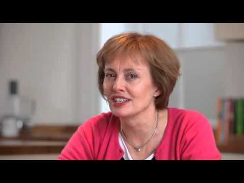 A series of tips from Ruth Miskin for parents teaching their children to read. In this video, Ruth talks about tricky words.