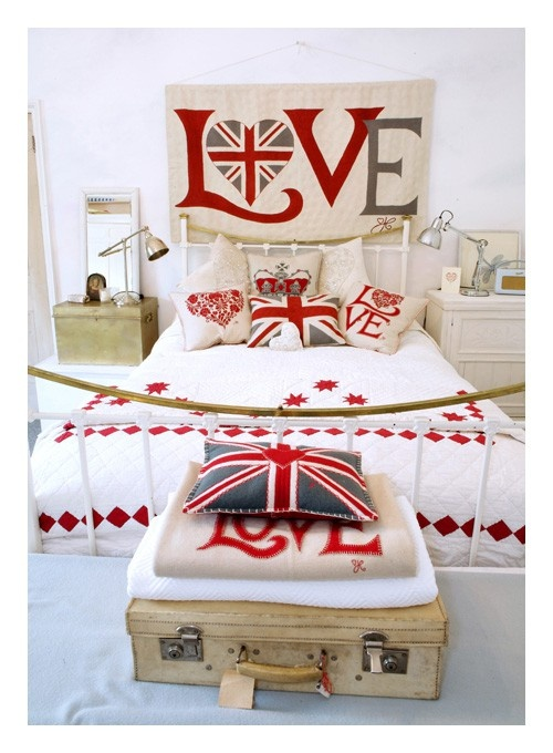 British themed bedroom...i want to do this so badly