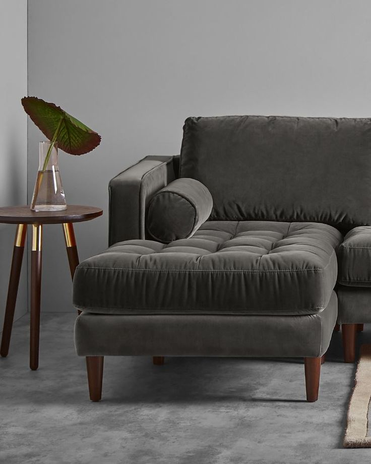 Nothing says luxury quite like Scott. The perfect blend of a sleek silhouette with a buttoned seat cushion, upholstered in plush velvet, this chaise-end sofa oozes sophistication.