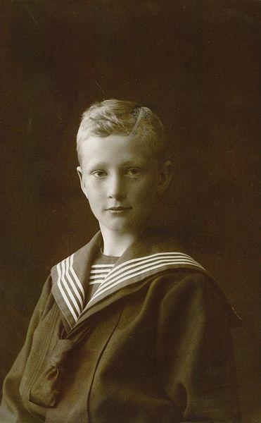 Boy in sailor suit, 1900