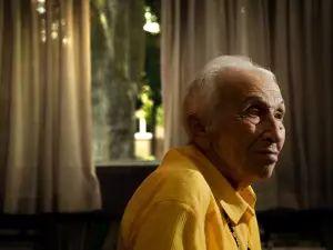 Pregnant in Auschwitz: Toronto Holocaust survivor recalls split-second decision that saved her and unborn son