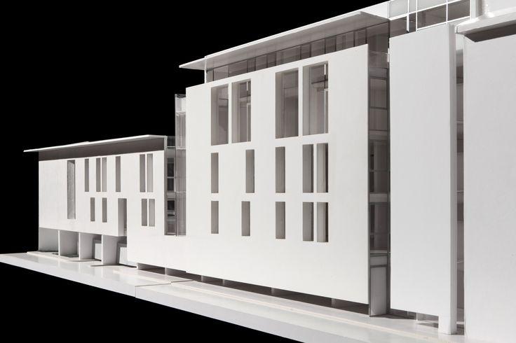Nuovo edificio ad uso uffici e parcheggi in Strada del Conservatorio - GIORGIO PETTENÒ