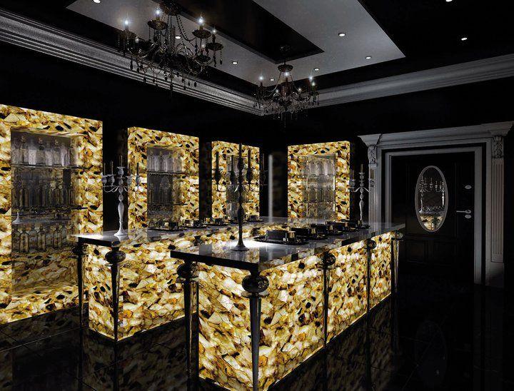 Glamorous Bar