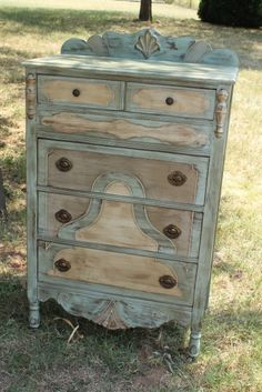Chalk Paint™ in Coco, Duck Egg, Country Grey and Dark Wax - by Daisy Mae Belle