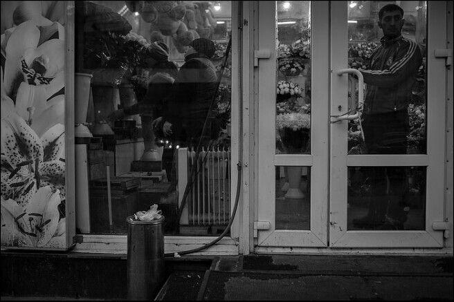 www.dmitryryzhkov.com #photography #street #streetphotography #blackandwhite