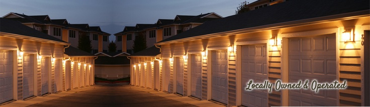 Reasons for Not Attempting a Garage Door Repair in Hugo MN: There are many situations in which attempting a Hugo MN garage door repair is perfectly acceptable, but you have to know when to throw in the towel. Some garage door repairs are unhelpful if the door is at the end of its life in Hugo or it's just time for an upgrade. #garagedoor #garagedoorrepair #garagedoorservice #garagedoorreplacement http://www.premiumgaragedoorservice.com/