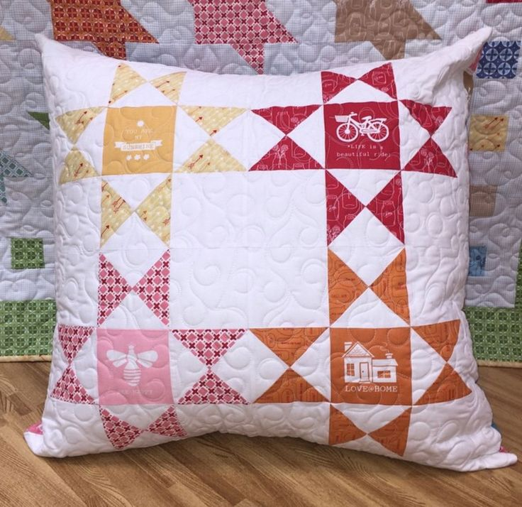 Modern Pillow Fort : 685 Best images about Pillows on Pinterest Patchwork cushion, Quilt and Cute pillows