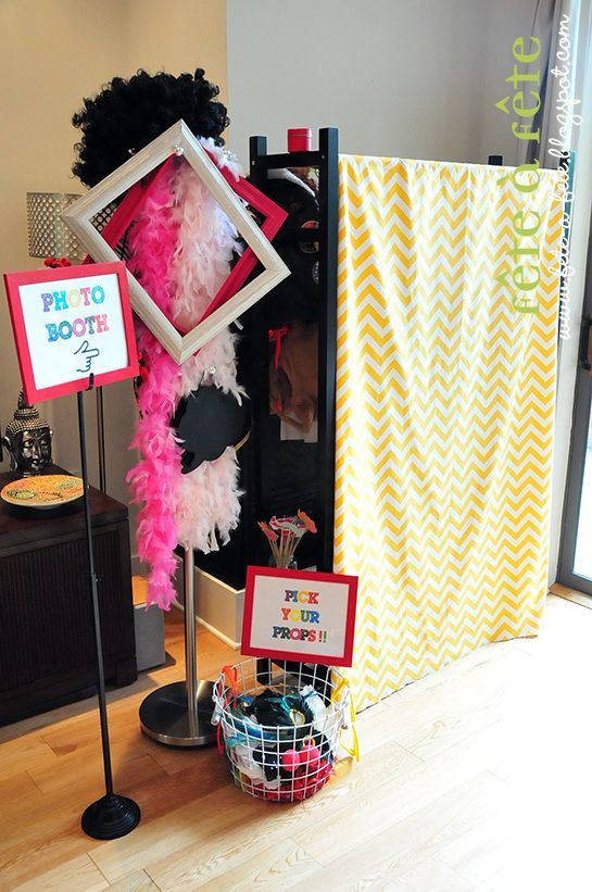 Fête à Fête: Sneak Peek at our Party Photo Booth