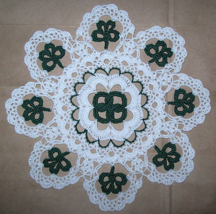 Crochet Doily Patterns for St Patrick Day Crochet Doily PDF PatternsSt. Patricks Day Crochet, Knits Crochet, Doilies Pattern, St Patricks Day, Crochet Doily Patterns, Crochet Doilies, Crochet Shamrock, Crochet Pattern, Crochet Yarns