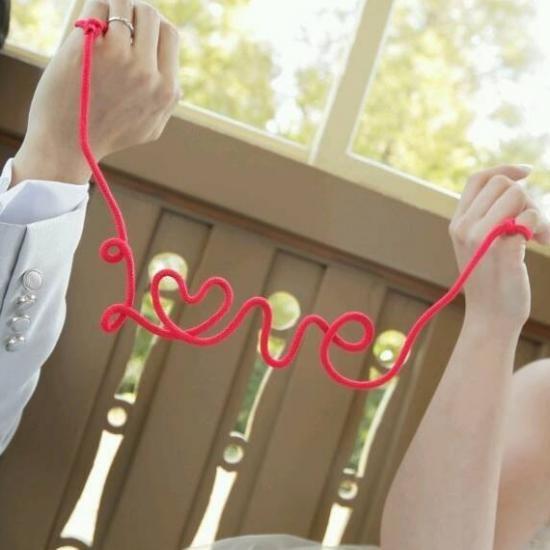 赤い糸 LOVE - フォトプロップス・ペーパーストロー・結婚式小物販売 | EYMwedding
