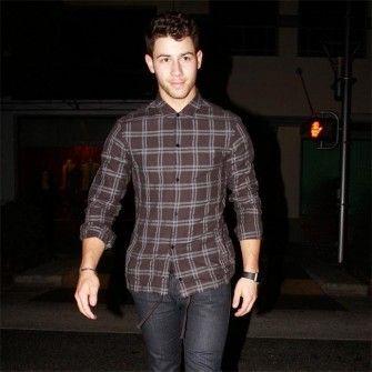 Nick Jonas may duet with Ariana Grande