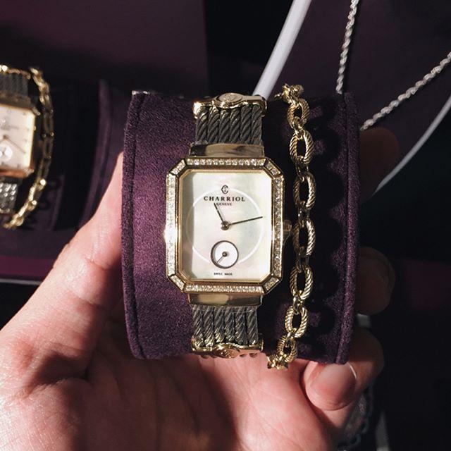 Harper's Bazaar mengunjungi presentasi Baselworld 2017 untuk Charriol Mauboussin dan label aksesori Les Georgettes. Masing-masing brand menampilkan koleksi ikonisnya dengan ciri identitas tersendiri. Seperti koleksi St. Tropez dari Charriol yang kali ini menampilkan bentuk segi delapan yang diambil dari bentuk Place Vendome di Paris. #bazaarindonesia  via HARPER'S BAZAAR INDONESIA MAGAZINE OFFICIAL INSTAGRAM - Fashion Campaigns  Haute Couture  Advertising  Editorial Photography  Magazine…