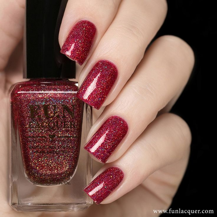 Get out your best evening dress with this one! This gorgeous red apple holographic polish is a great color to add to your nails. Collection: Summer 2015 Collection