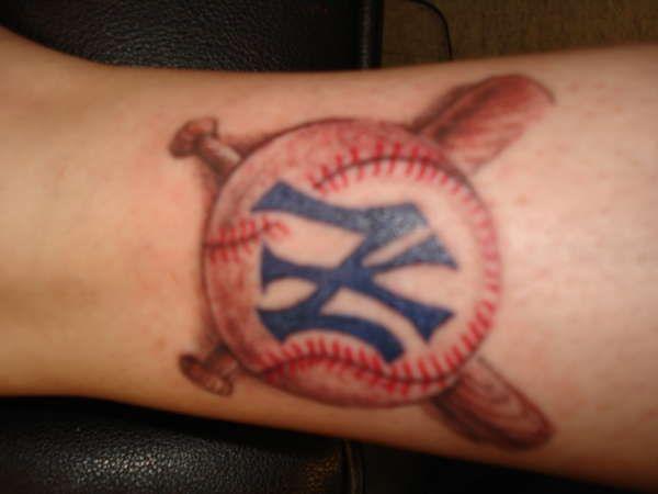 Best 25 baseball tattoos ideas on pinterest softball for New york yankees tattoos designs