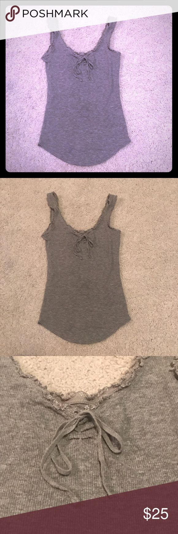 Free People gray ribbed bow tank top Free people gray ribbed decorative bow tie tank top Free People Tops Tank Tops
