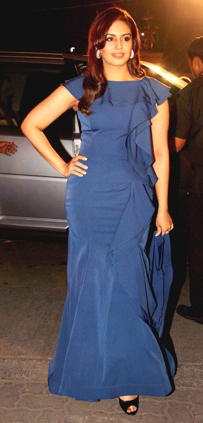Huma Qureshi arriving at the Filmfare Awards. #Style #Bollywood #Fashion #Beauty