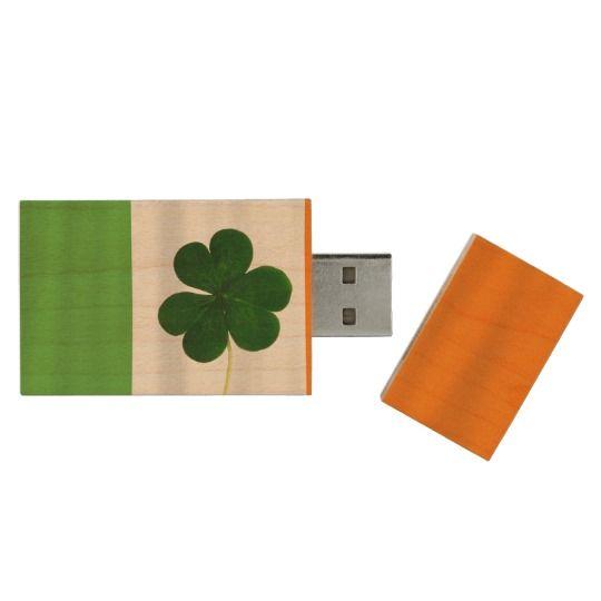 Happy St. Patrick's Day Lá Fhéile Pádraig #Irish #Flag #Shamrock Wood #USB 2.0 Flash Drive