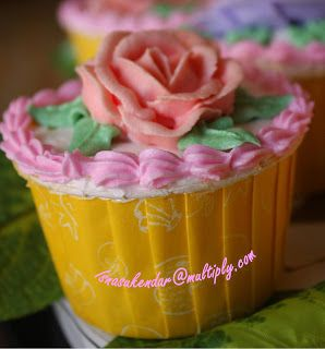 Kreasi Dapur Iis Sukendar: Cup Cakes