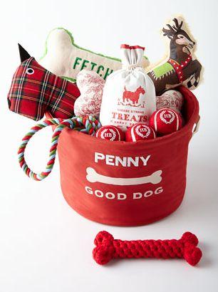 Best 25+ Dog gift baskets ideas on Pinterest   Themed gift baskets ...