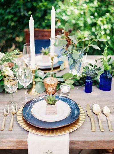 Navy inspired wedding table: http://www.stylemepretty.com/2014/10/28/romantic-navy-italian-inspired-wedding/   Photography: Ashley Bosnick - http://ashleybosnick.com/
