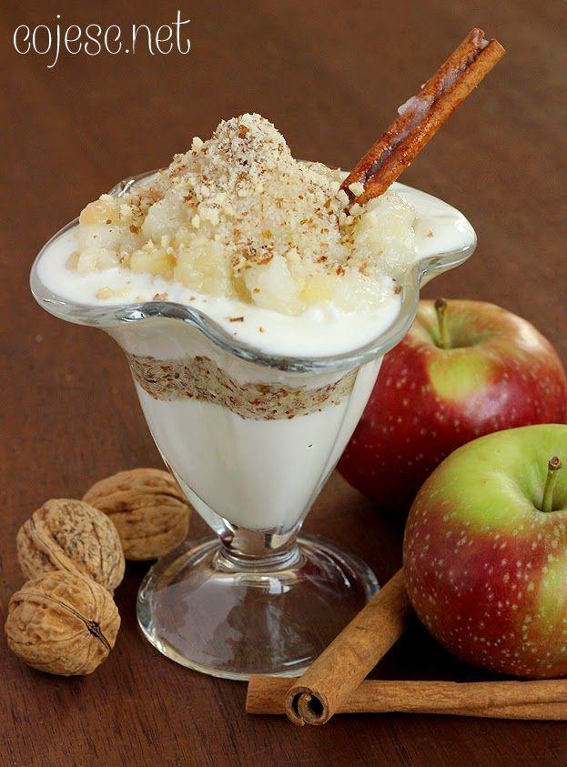 Dietetyczny deser z jabłkami