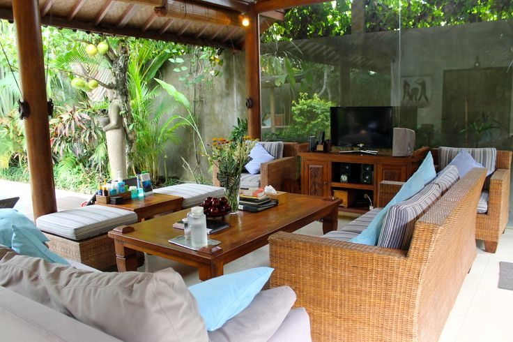 Check out Villa Jam - Seminyak, Bali Holiday Villa in the heart of Oberoi 3 bedrooms from only $250 USD per night!  chris@raywhiteparadise.com  #seminyakvillas   #seminyakbali   #seminyakbalivillas   #oberoivilla   #privatevillaseminyak   #poolvillabali   #balivillarentals   #balivillarentals   #balivillas   #balinesevilla   #balivacation   #baliholiday   #baliholidayspecialists   #baliholidayvillasforrent   #baliholidayvillasforrent   #VillaJamSeminyak   #raywhitebali