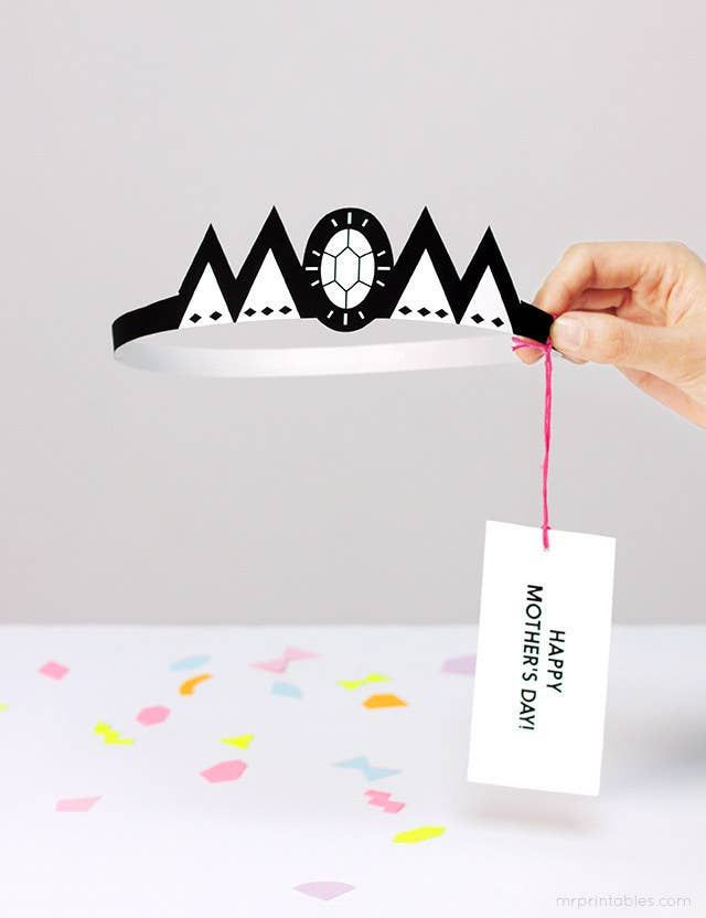 Typography crown Mother's Day card template / Mr Printables Typography crown Mother's Day card template / Mr Printables Mothers Day Decor, Diy Mothers Day Gifts, Happy Mothers, Diy Gifts, Fathers Day, Mothers Day Card Template, Mother's Day Printables, Dad Day, Mother's Day Diy