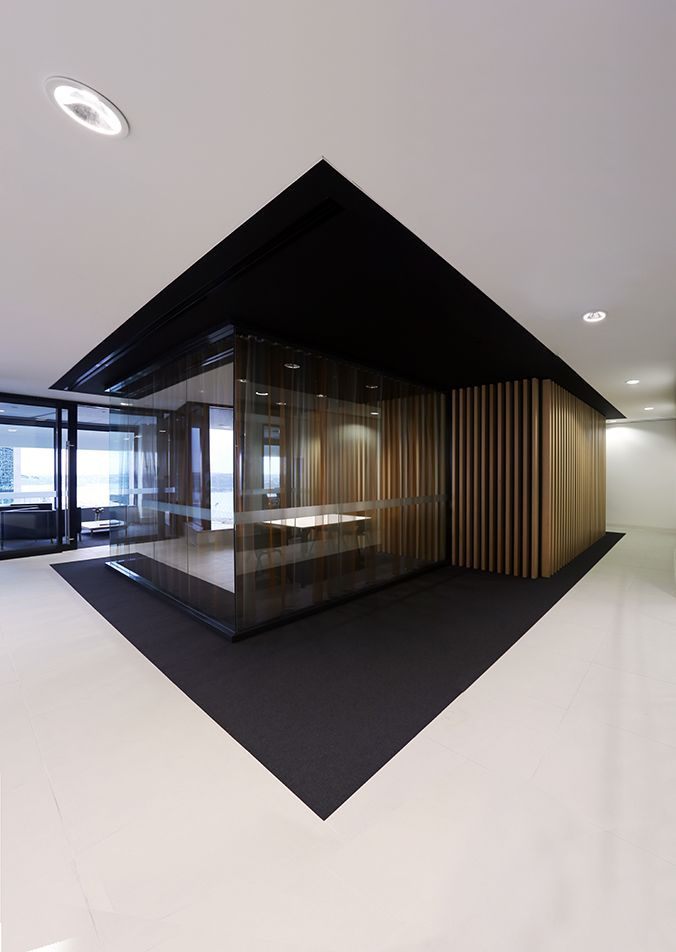 Black & white floor | flooring | | design |  | moderndesign | http://www.ironageoffice.com/