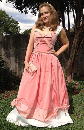 Cinderella Peasant Dress Tutorial from Veru0027s Corner Refashion Runway Week 5 Halloween ...  sc 1 st  Happily Grim & Happily Grim: Disney Dress Tutorials for Not-So-Grownups
