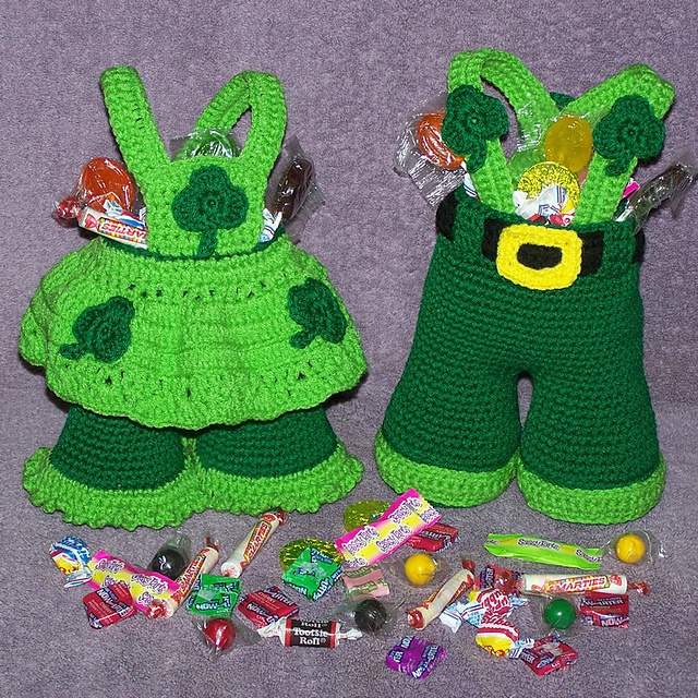 Shamrock treasure trousers: Crochet Holidays, Crochet Stuff, Treasure Trousers, Shamrock Treasure, Patricks, Crochet Patterns, Holiday Crochet