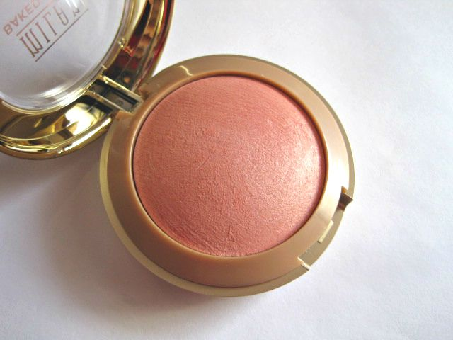 Milani Luminoso Baked Powder Blush I am obsessed with this blush it's so pretty and glowy !