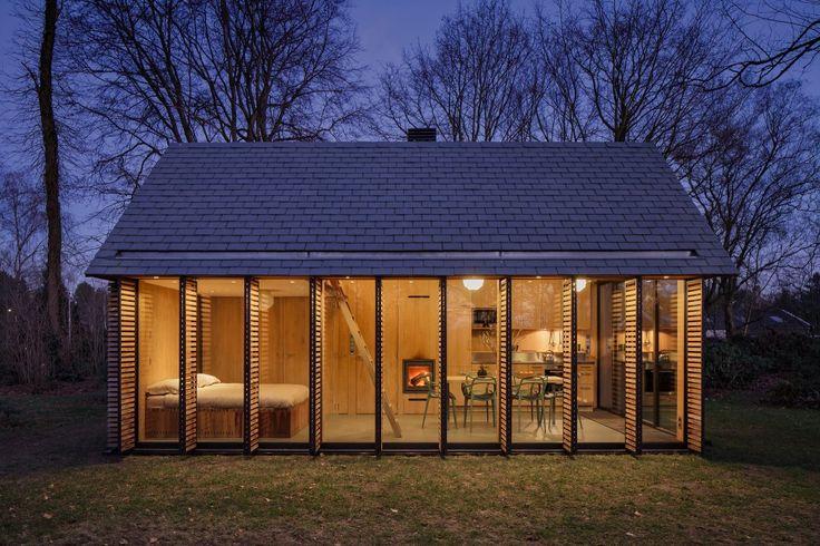 Recreation House Near Utrecht / Roel van Norel + Zecc Architecten
