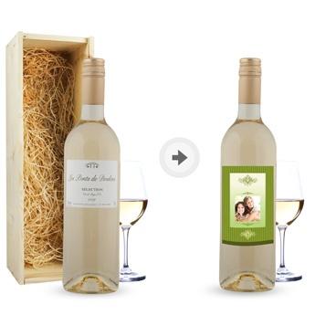Ein herrliche Flasche Wein wird zu einem ganz besonderen Geschenk mit einem persönlich gestalteten Etikett!