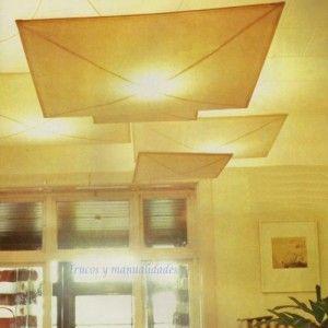 Pantallas de luz flotante.  Las pantallas de tela están hechas de muselina. Algunas de esta clase de lámparas colgantes están constituidas por un globo difusor o reflector  lo que evita que el calor directo de la bombilla llegue a quemar la tela.  http://www.trucosymanualidades.com/