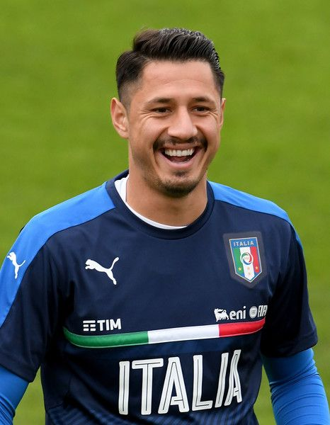 Gianluca Lapadula of Italy smiles during the training session at the club's training ground at Coverciano on November 8, 2016 in Florence, Italy.