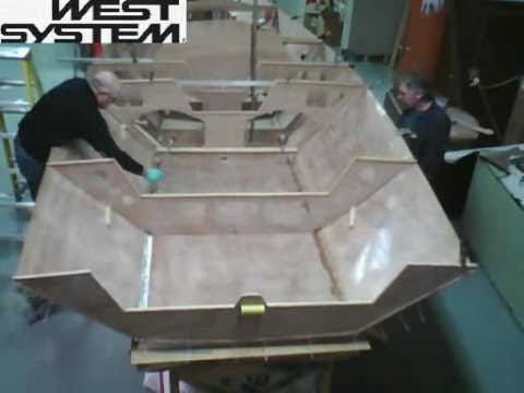 Time Lapse: i550 Sport Boat built with WEST SYSTEM Epoxy - YouTube