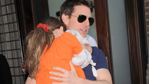 Tom Cruise Reportedly Hasn't Seen Suri In 1371 Days — Did He Try To See Her On Father's Day? https://tmbw.news/tom-cruise-reportedly-hasnt-seen-suri-in-1371-days-did-he-try-to-see-her-on-fathers-day  Tom Cruise hasn't seen his daughter Suri in nearly four years, according to a heartbreaking new report! Did they reunite for Father's Day?Tom Cruise reportedly hasn't set eyes on his daughter Suri in 1,381 days, according to InTouch magazine. By that math, Tom and Suri haven't seen each other in…