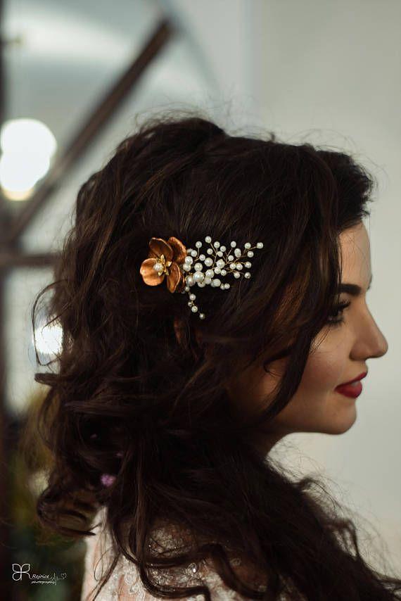 Handmade Bridal hair accessory headpiece Hairpiece