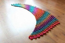 Kleurrijke trapjes-sjaal http://www.bloglovin.com/frame?post=3738082403&group=0&frame_type=a&context=&context_ids=&blog=3489563&frame=1&click=0&user=0