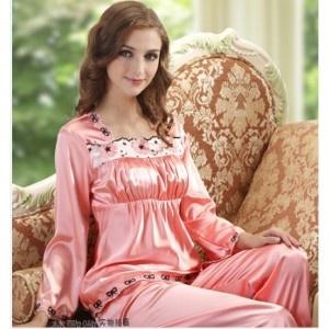 Luxury pajamas for women pink
