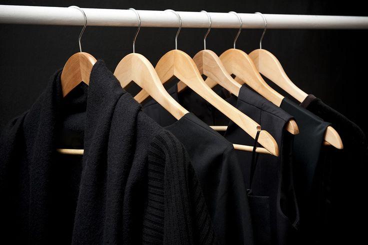 Zwarte kleren vaal? Zo zijn ze weer zo goed als nieuw - Tips van Oma